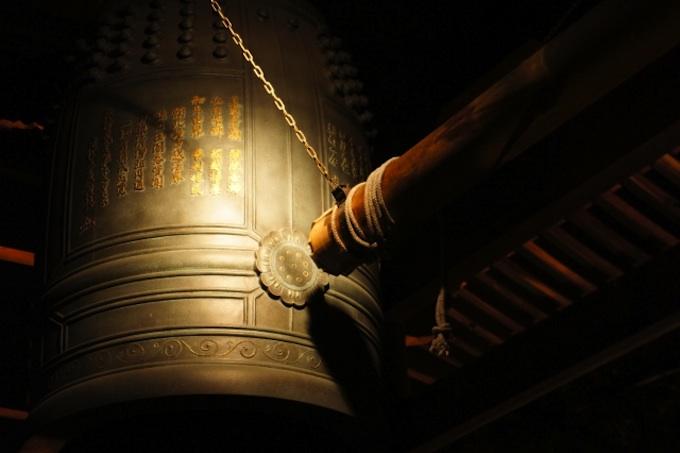いつから日本人は大晦日に年越しそばを食べ、除夜の鐘を打つようになったのか?